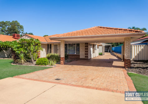 4 St Claire Gardens, Atwell WA 6163